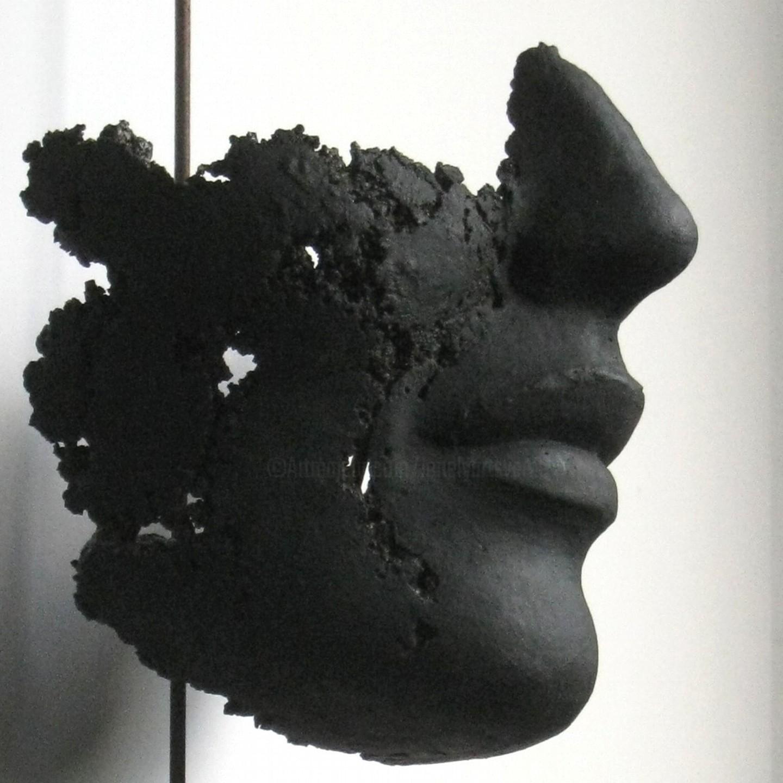 JEAN-YVES VERNE - détail de visage - patine noir