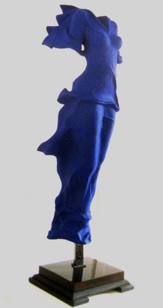 sculpture résine  outremer - format 130 cm