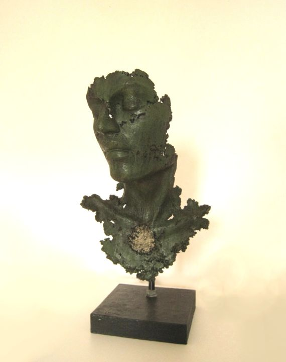 JEAN-YVES VERNE - buste patiné vert